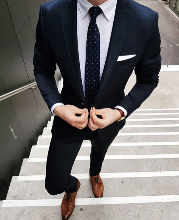 Picture of Two-piece navy blue suit
