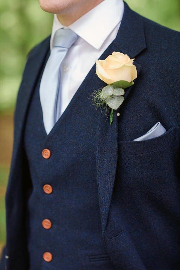 Picture of Blue tweed effect suit