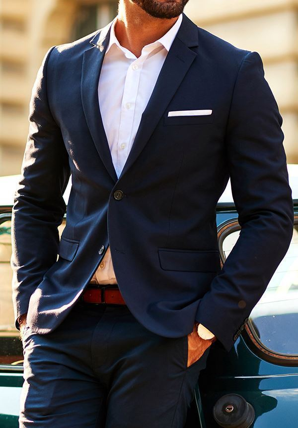 Picture of Navy two-piece suit
