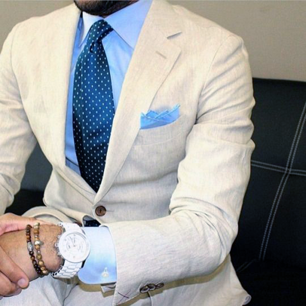 Picture of Cream coloured two-piece suit